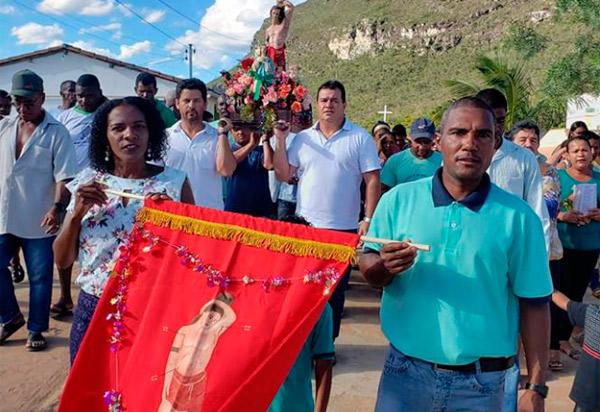 Barra da Estiva: Deputado Marquinho Viana participa da festa de São Sebastião, no Camulengo
