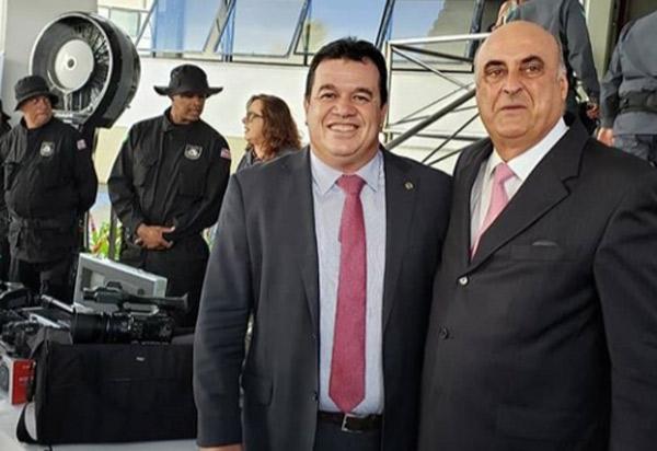Deputado Marquinho Viana participa da entrega de equipamentos e fardamentos à agentes penitenciários