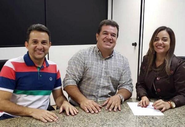 Deputado Marquinho Viana agiliza sistemas de abastecimento de água para Rio de Contas