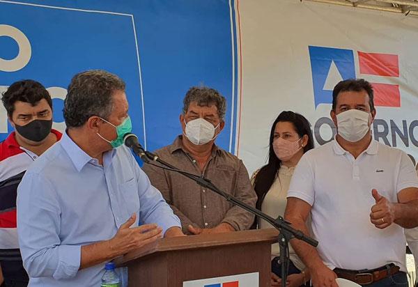 Deputado Marquinho Viana acompanha o governador Rui Costa no município de Rio do Antônio