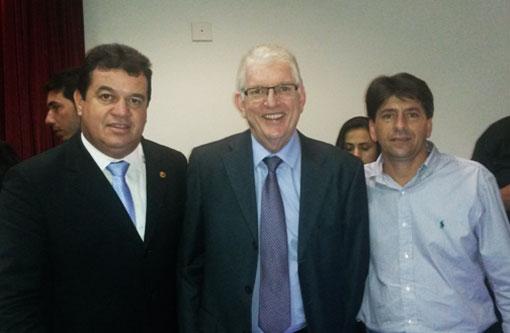 Aracatu: A pedido de Marquinho Viana, Wagner autorizou quatro sistemas de abastecimento de água