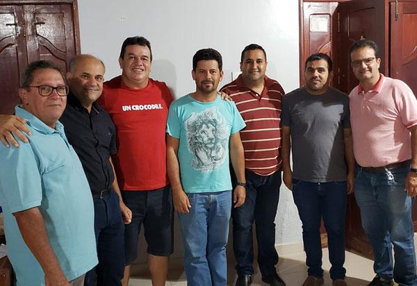 Deputado Marquinho Viana participa de reunião em Barra da Estiva