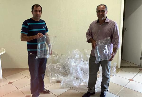 Lojas maçônicas e empresários conquistenses doam 50 máscaras de proteção facial para serem usadas pelas equipes da SESAU de Brumado