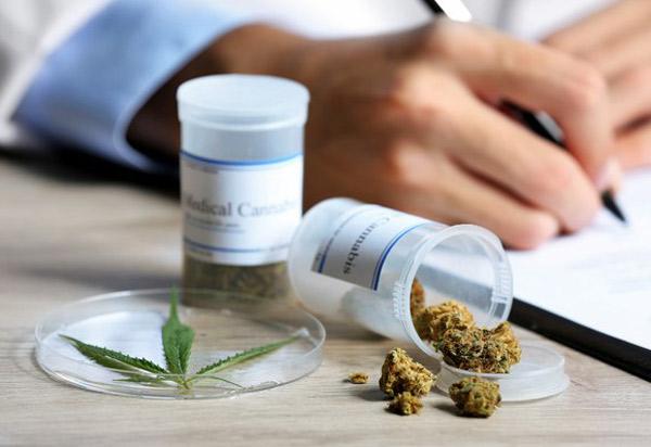Justiça determina que União inclua na lista do SUS medicamentos à base de Cannabis registrados pela Anvisa