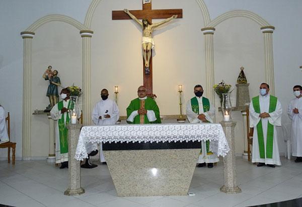 Missa de envio dos seminaristas do Propedêutico acontece em Brumado-BA
