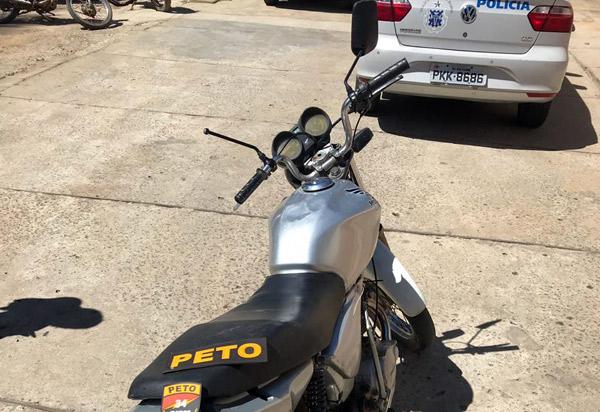 Brumado: Polícia Militar apreende adolescentes e moto com chassi suprimido