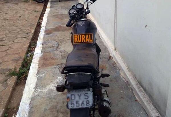 Livramento: polícia apreende motocicleta com restrição de roubo/furto no distrito de Iguatemi