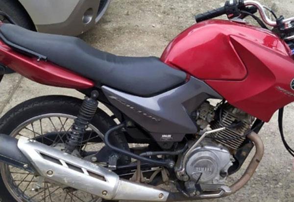 Brumado: Polícia Militar recupera moto abandonada na BR-030