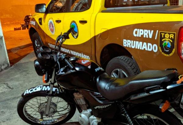 Brumado: PRE apreende motocicletas com restrição de roubo e CRLV com indícios de falsificação.