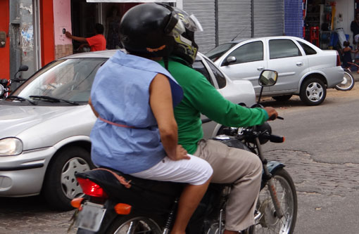 Projeto aprovado pelo Senado prevê adicional de periculosidade para motoboys