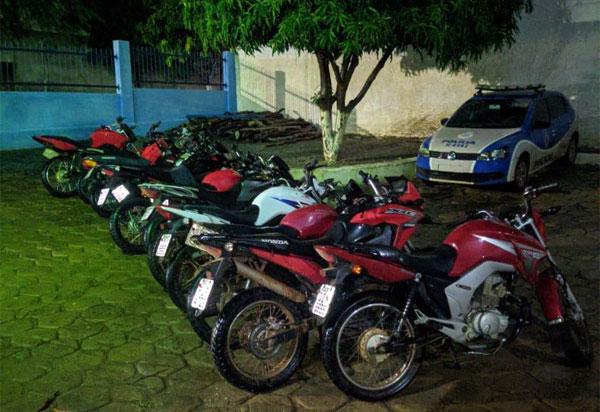 Polícia Militar apreende em  Livramento motocicletas com descargas adulteradas