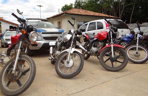 Brumado: Polícia desarticula quadrilha que roubava motos, um menor foi apreendido