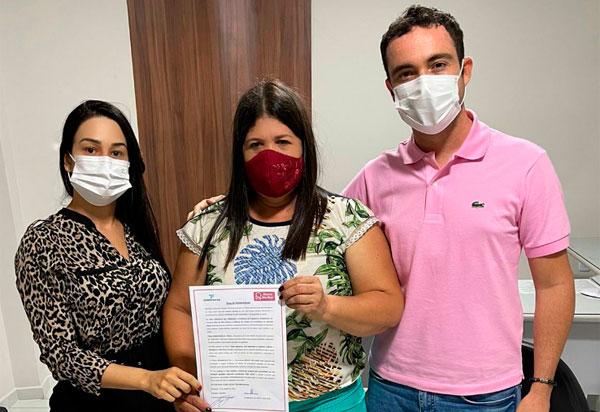 Brumado: Fabrício Abrantes divulga nota de solidariedade a favor da vereadora Verimar do Sindicato