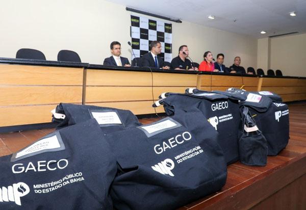 Operação 'Dirty Web' prende 11 pessoas por crime de pedofilia na Bahia