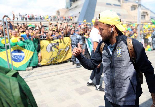 Seleção Brasileira está em Kazan para decisão com a Bélgica