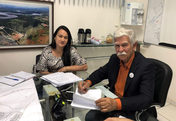 Brumado: Prefeito Eduardo nomeia Tatiana Moreira secretária de Desenvolvimento Social e Cidadania