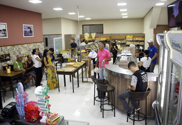 Brumado: venha conhecer a nova Padaria Pérola na Rua Sargento Antenor Santos, Bairro das Flores