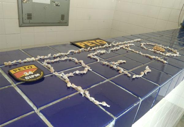 Brumado: Polícia Militar apreende 267 pedras de crack no Bairro Mercado