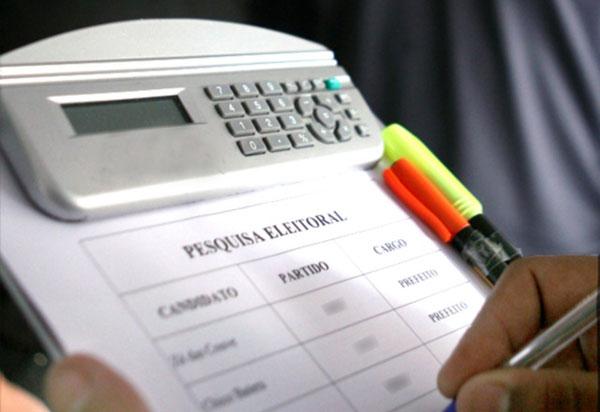 Pesquisas eleitorais podem influenciar voto útil, diz cientista político