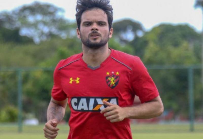 Lateral-direitoNorberto é contratado pelo Sport