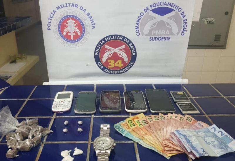 Brumado: jovem é detido acusado de tráfico de drogas no Bairro Olhos d'Água