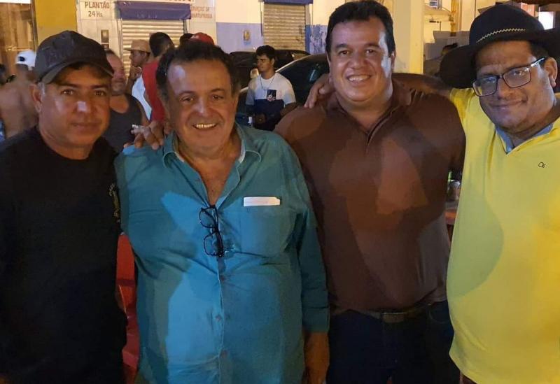 Deputado Marquinho Viana nas homenagens ao amigo Fisita, em Contendas do Sincorá