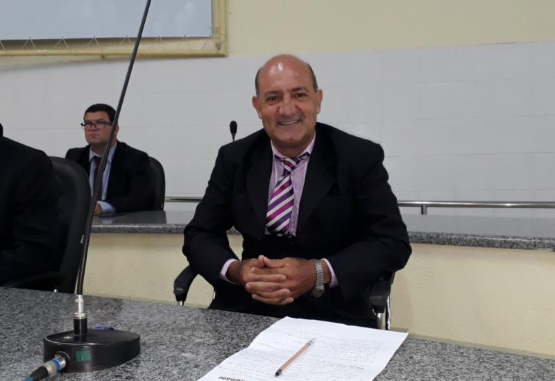 Brumado: Girson Ledo é empossado para mandato de vereador na Câmara de Vereadores