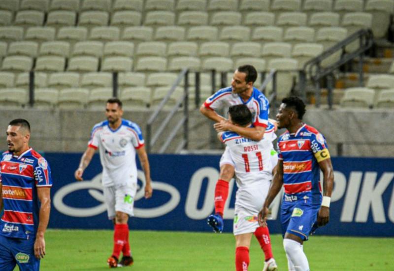 Bahia goleia o Fortaleza em jogo decisivo contra o Z-4