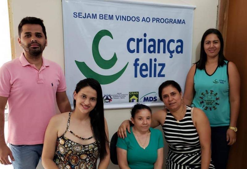 Aracatu: comitê gestor do Programa Primeira Infância no Suas - Criança Feliz reuniu - se para planejar ações do programa