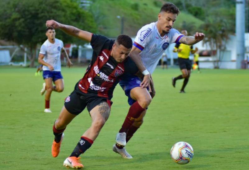 Bahia bate rival Vitória e amplia liderança no estadual