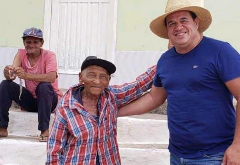 Deputado Marquinho Viana visita o Distrito Triunfo do Sincorá, em Barra da Estiva