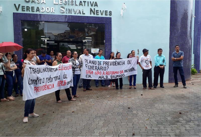 Brumado: APLB promoveu ato público contra a reforma da previdência