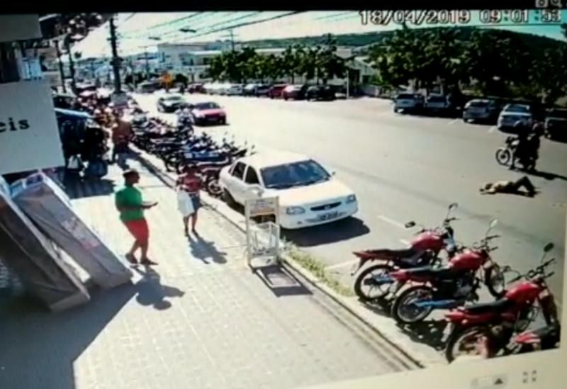 Identificada idosa morta em acidente na Avenida Antônio Mourão Guimarães; veja o vídeo do acidente