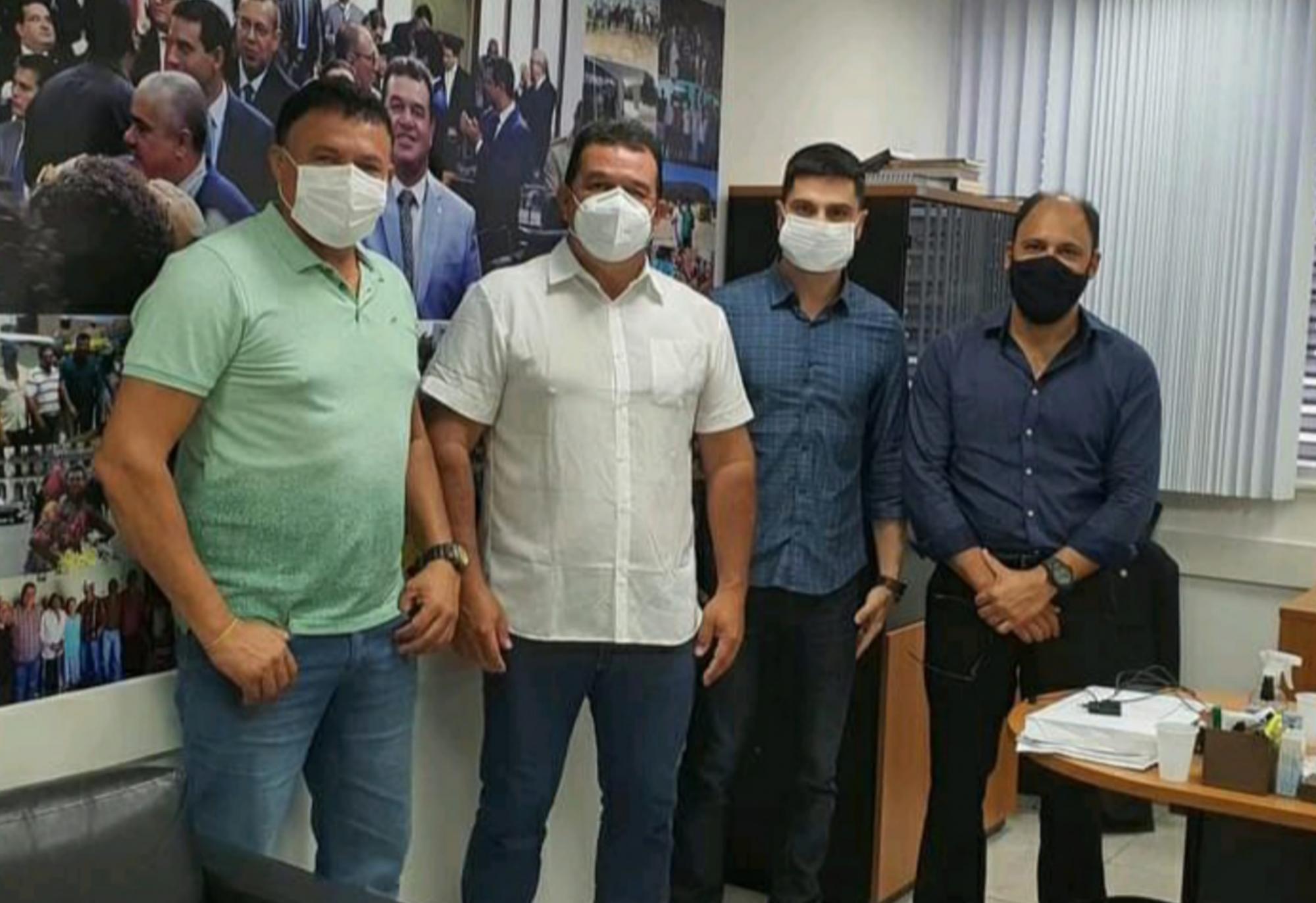 Deputado Marquinho Viana recebe demandas do município de Caraibas
