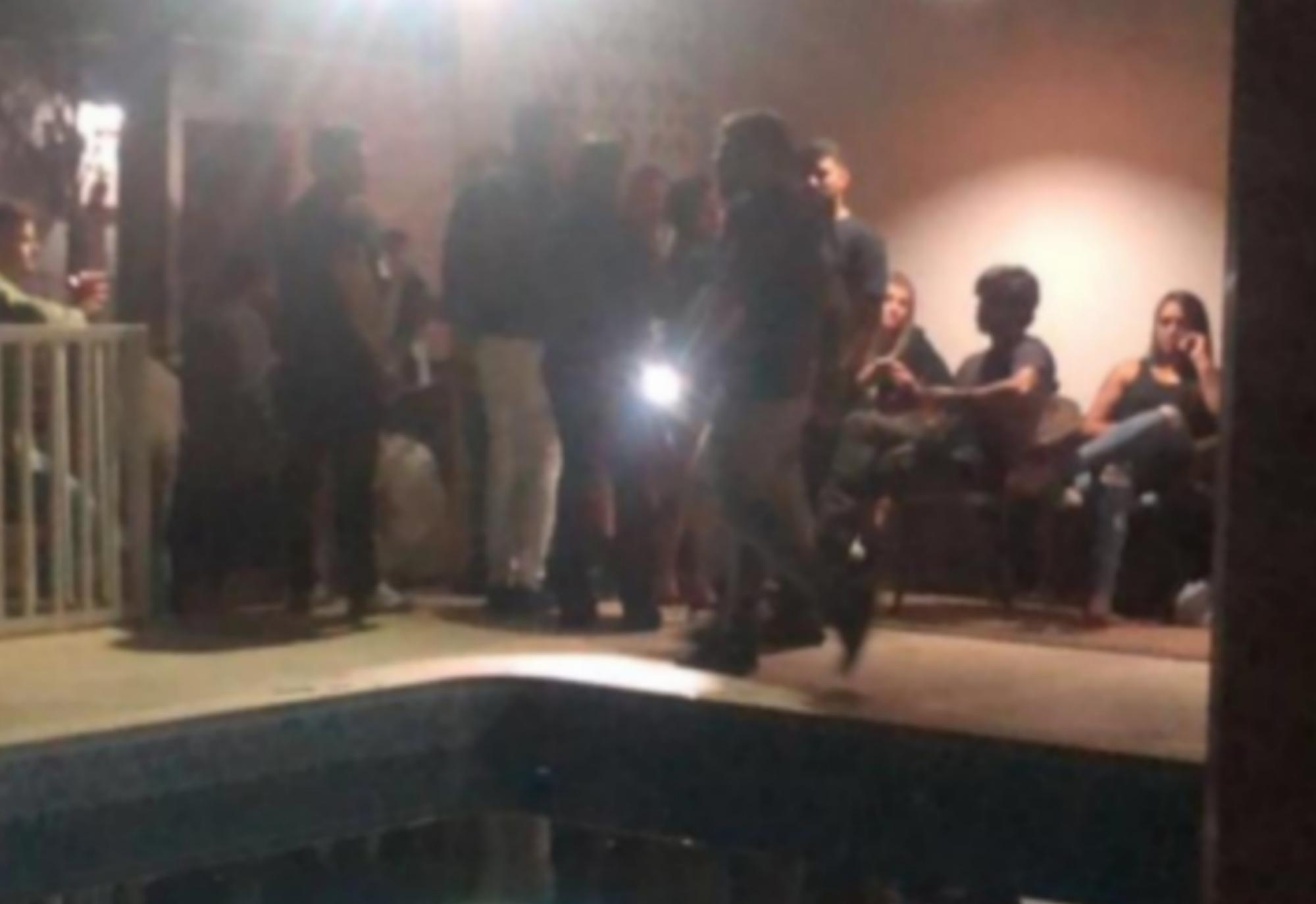 Conquista: Grupo é conduzido por promover festa para mais de 100 pessoas