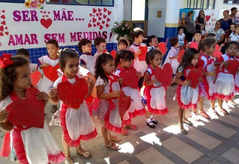 Aracatu: Mães foram homenageadas na Creche Municipal São Pedro