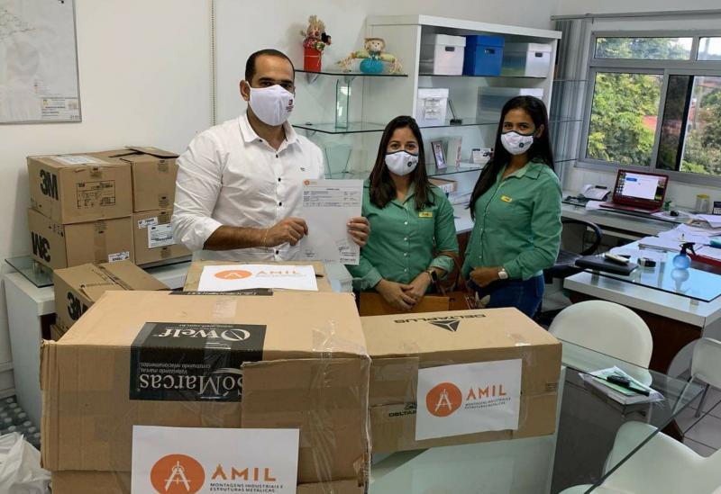 AMIL e Metalúrgica Santa Rita doam EPIs para o combate à Covid-19 em Brumado