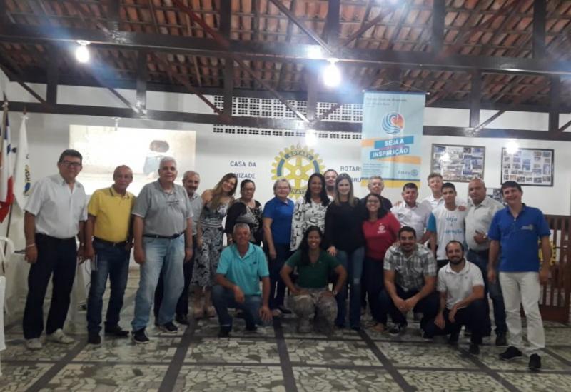 Brumado: representantes do CREAS palestraram no Rotary Club sobre o combate a exploração sexual de crianças e adolescentes