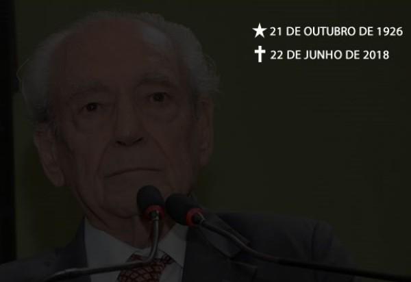 Prefeitura de Brumado divulga Nota de Falecimento - Waldir Pires, ex-governador da Bahia