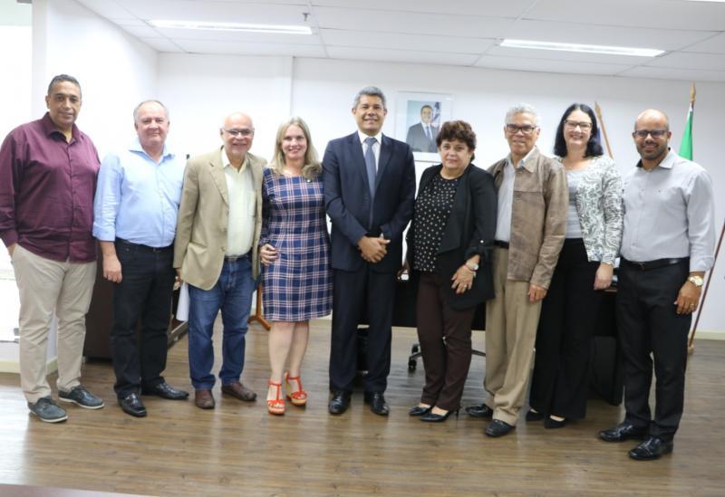 Ivana quer mais investimentos para a Casa Anísio Teixeira em Caetité