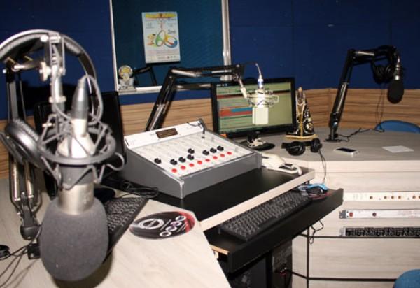 Aprovado projeto que aumenta potência das rádios comunitárias