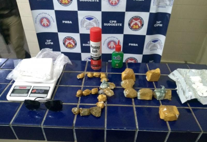 Brumado: homem é detido após ser flagrado com drogas no Bairro São Jorge