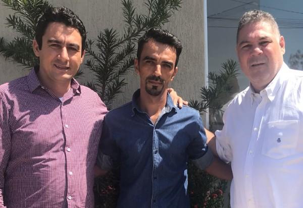 Brumado: Edmilson da comunidade Boi morto declara apoio a Márcio Moreira e Arthur Maia