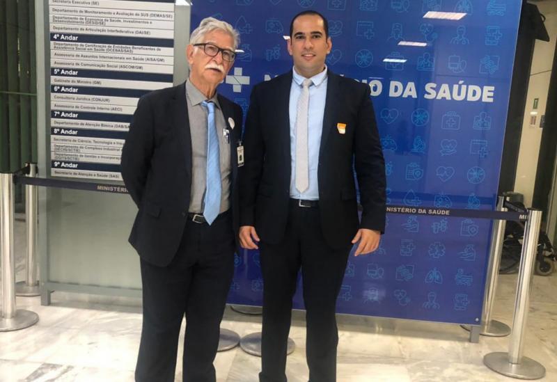 Em Brasília, prefeito de Brumado protocola no MS importantes pedidos para ampliar ainda mais as ações na área de saúde no município