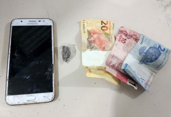 Aracatu: homem é detido por porte de droga