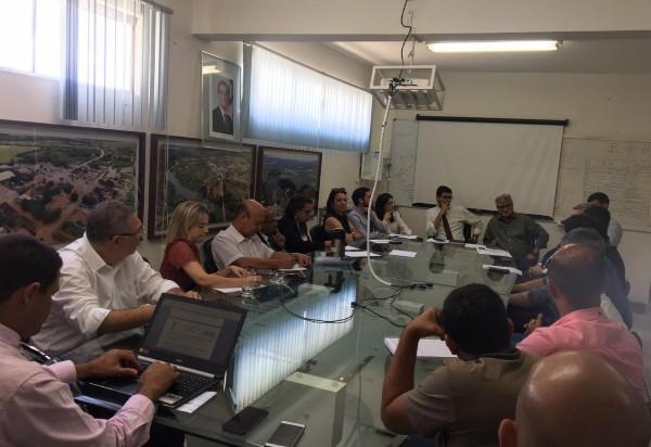 Prefeitura de Brumado realizou reunião sobre Zona Azul e foram sinalizadas mudanças