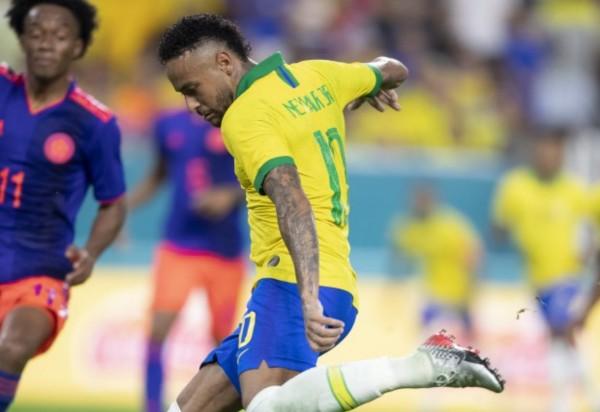 Amistoso preparatório: Brasil empata com a Colômbia