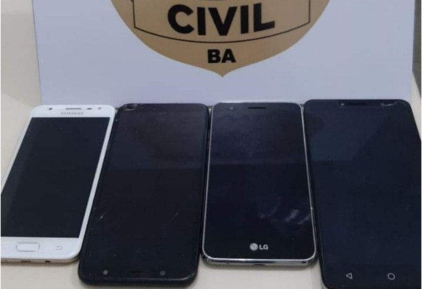 Brumado: Polícia Civil recupera celulares roubados