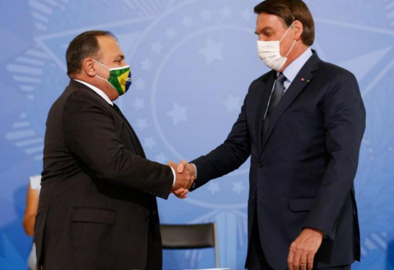 General Pazuello toma posse como Ministro da Saúde