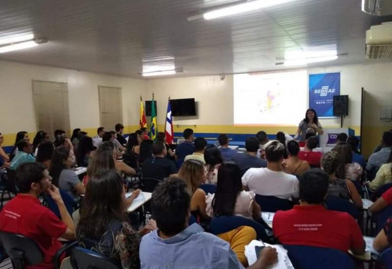 Brumado: CDL, em parceria com o Sebrae, promoveu workshop sobre mídias sociais